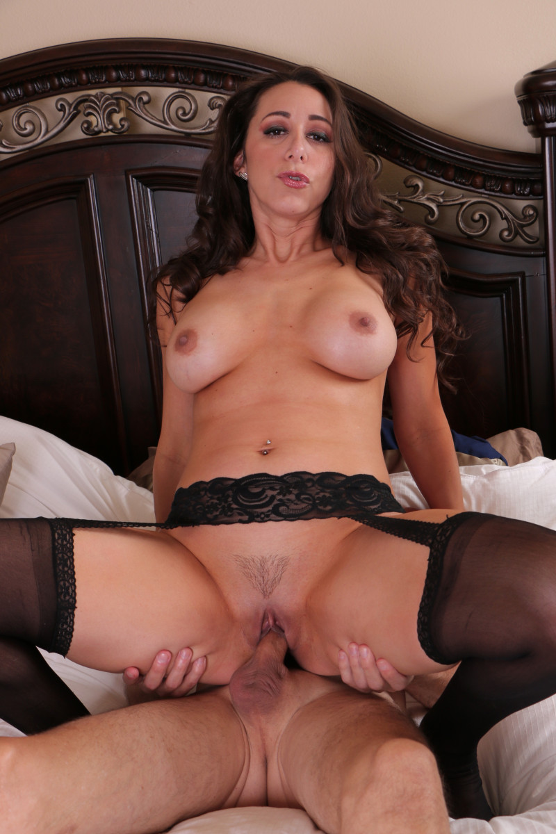 MILF Kaylynn Gets Crack Creamed With Cum When She Does Her Stepson