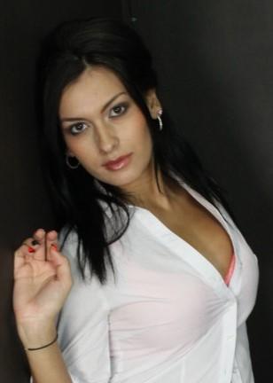 Nadia Capri